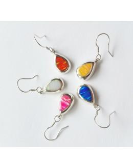 Kolorowe kolczyki z opalem australijskim