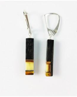 Kolczyki z czarnego dębu i mlecznego bursztynu