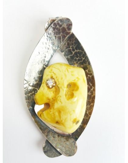 Wisior z miodowym bursztynem w oksydowanym srebrze