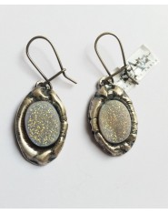 Kolczyki oksydowane z perłowymi druzami