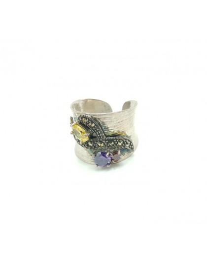 Srebrna obrączka z naturalnymi kamieniami