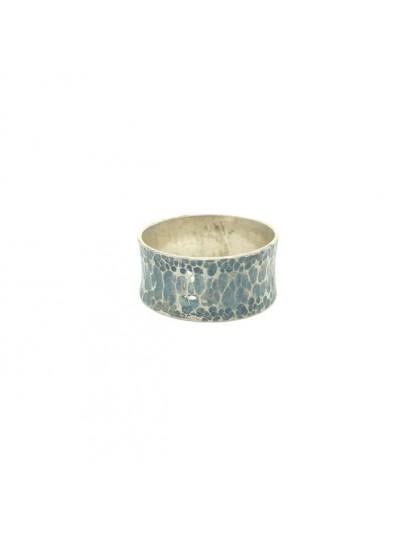 Obrączka z patynowanego srebra r.17