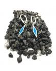 Kolczyki z niebieskim opalem australijskim podłużne