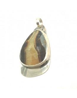 Wisior z oksydowanego srebra z syberianitem