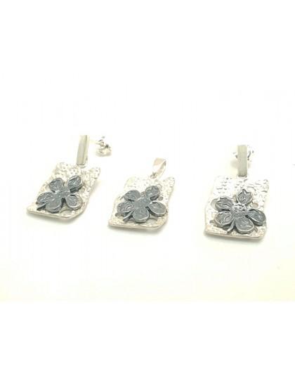 Komplet biżuterii koniczynka