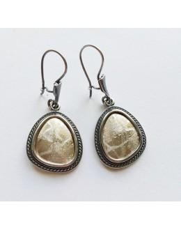 Kolczyki z oksydowanego srebra ze złotym wnętrzem