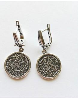 Okrągłe kolczyki z runicznym wzorem